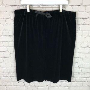 Black Velvet Women's XXL Mossimo Skirt